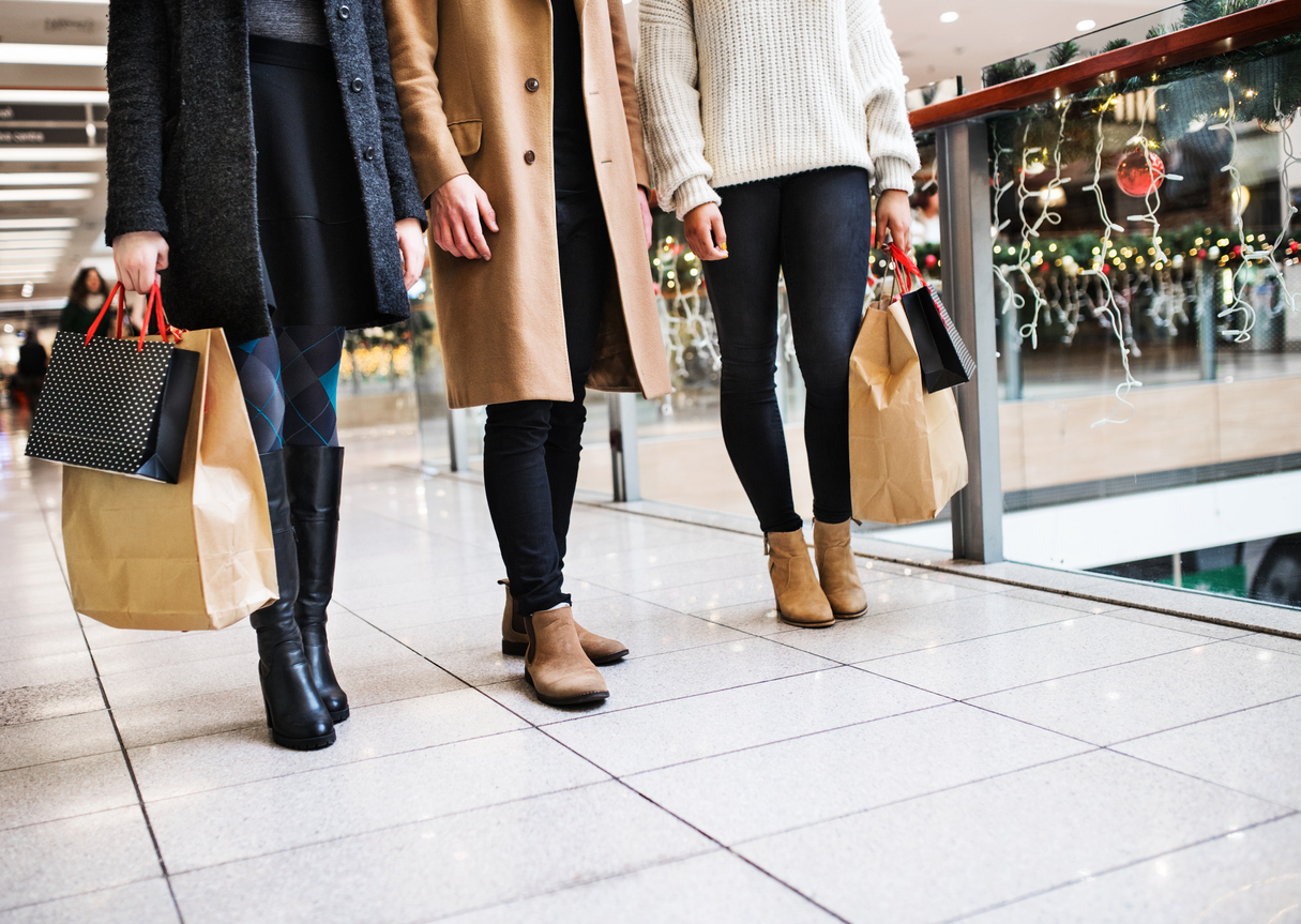 Tips for Safe Holiday Shopping, Online and In Store