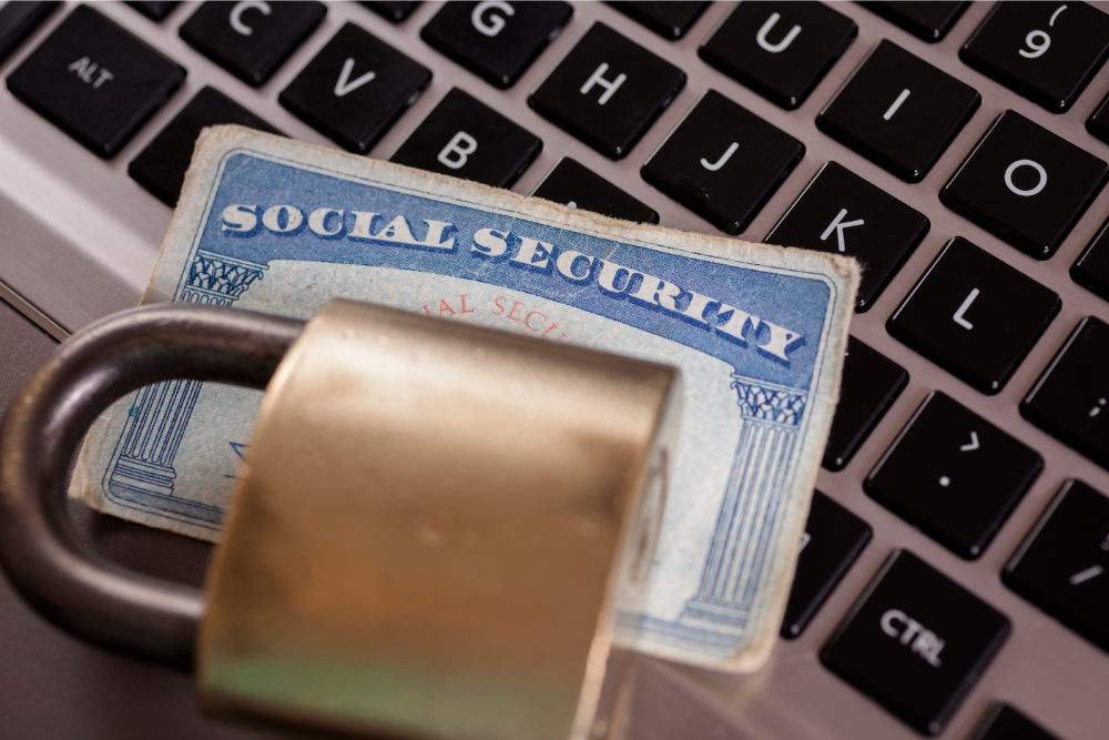 Identity Theft Awareness: Be on the Look Out for These Tell Tale Signs