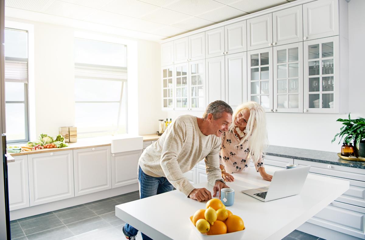 Should I Move or Refinance Oakland County Mortgage Lender Explains